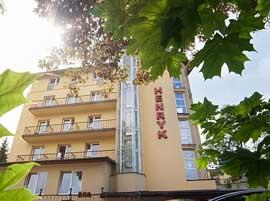 Hotel Henryk - Budynek